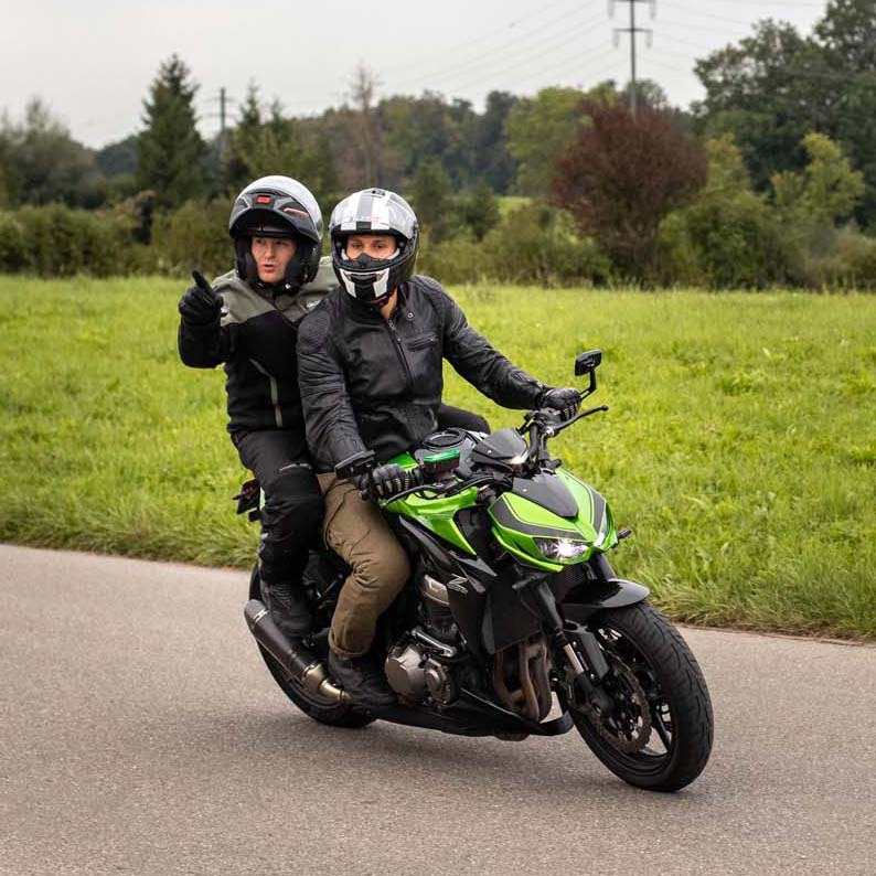 Motorrad Unterricht Fahrschule Lerntakt
